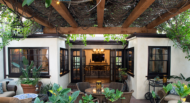 Redwood Timber Pergola Shaded Patio in Hollywood Hills, CA