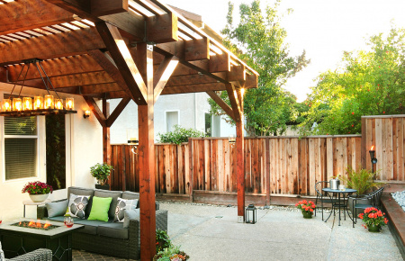 Perfect Redwood Backyard
