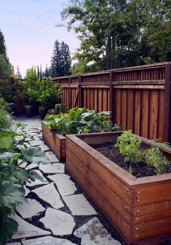 Redwood Landscaping & Garden