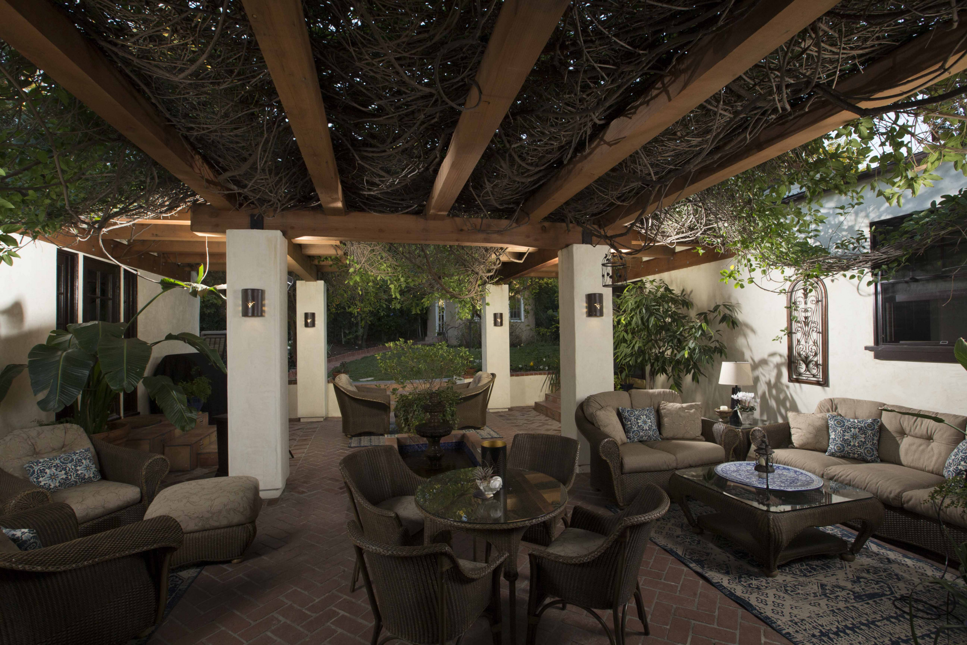 Hollywood Hills Redwood Pergola